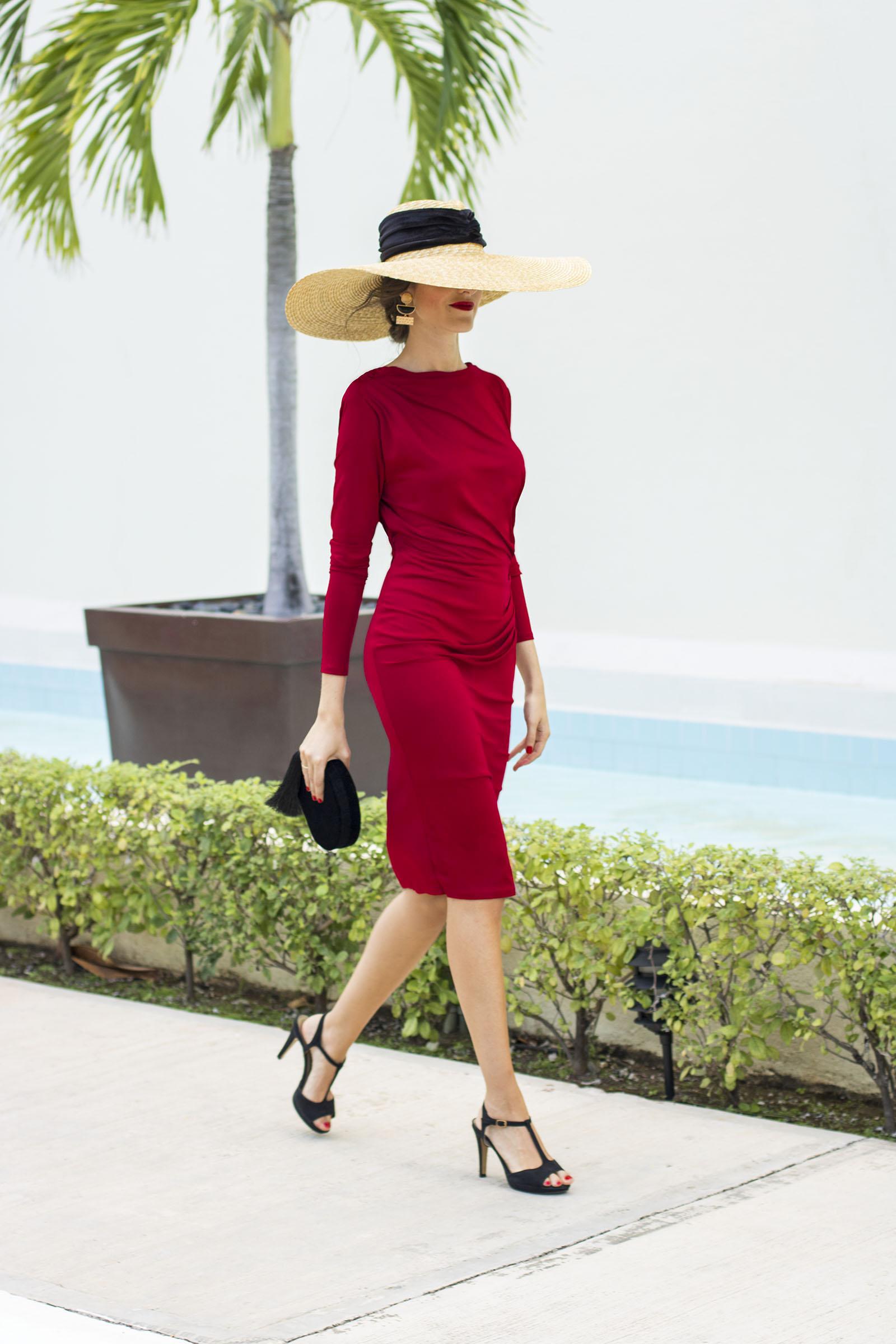 invitada-boda-wild-pony-rojo-y-masario-iberostar-cancun