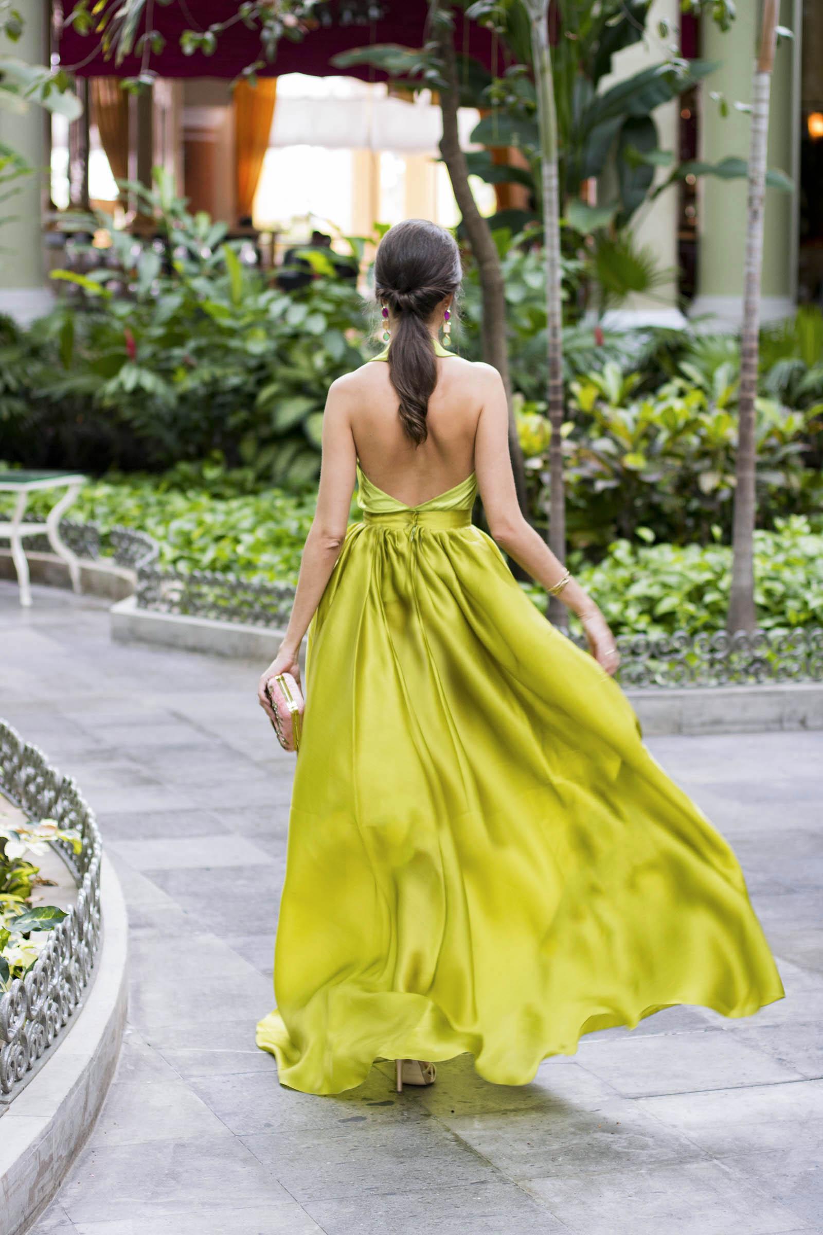 Invitada boda Fernando Claro Costura Verde 10