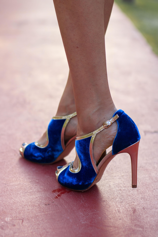 Zapatos fiesta plataforma terciopelo azul comodos Salo Madrid