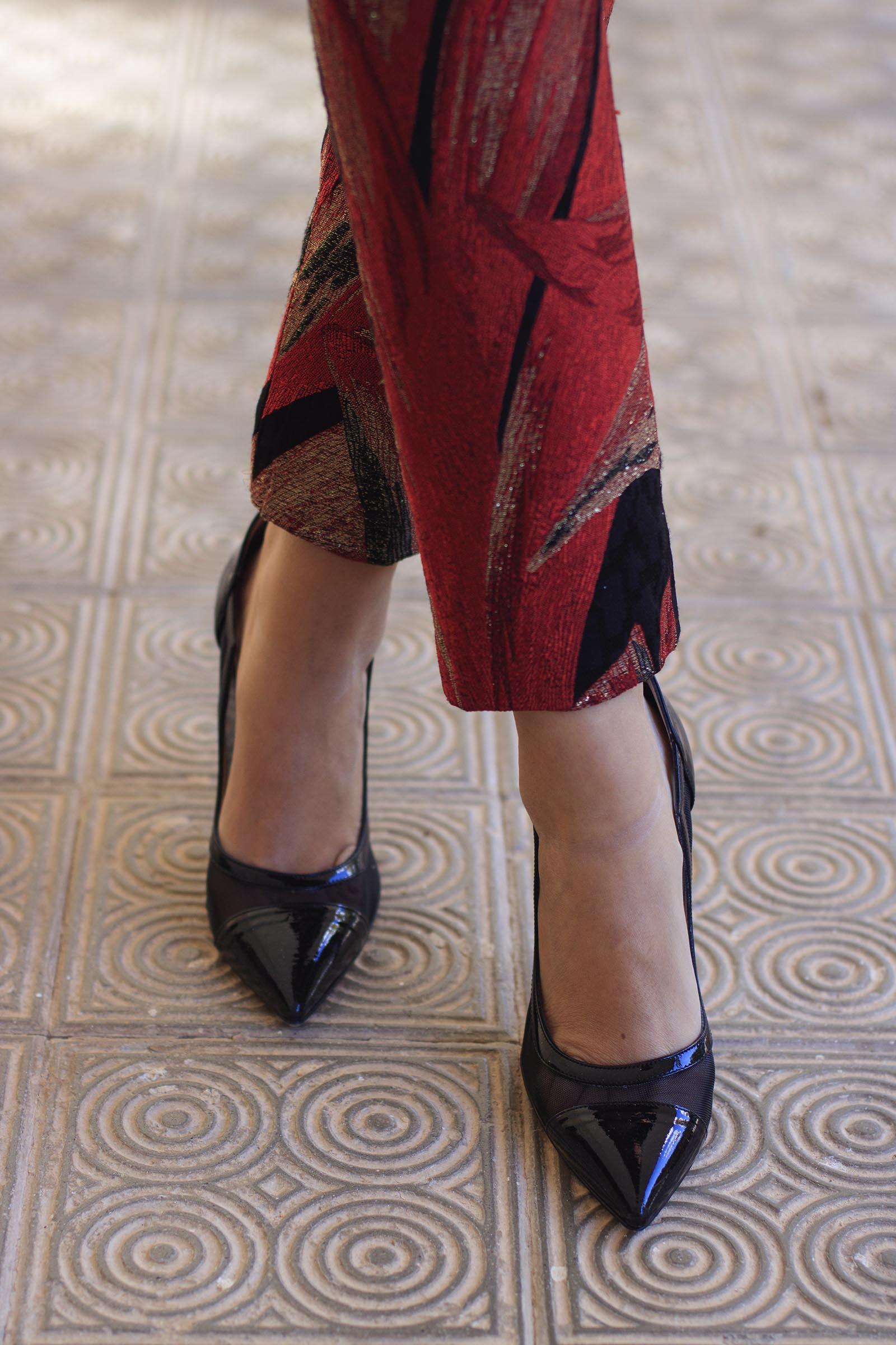 Zapatos charol negros tacon
