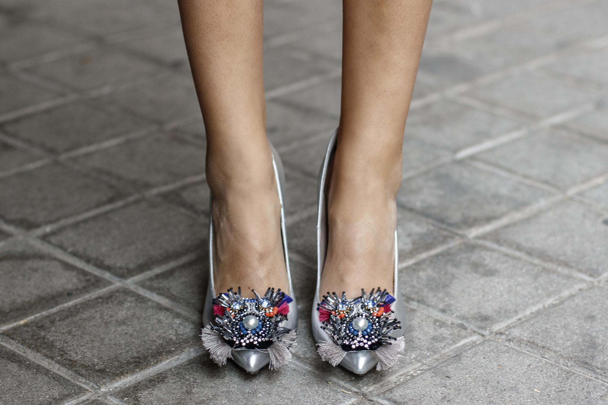 Zapatos plata comodos invitada boda zapateria valencia