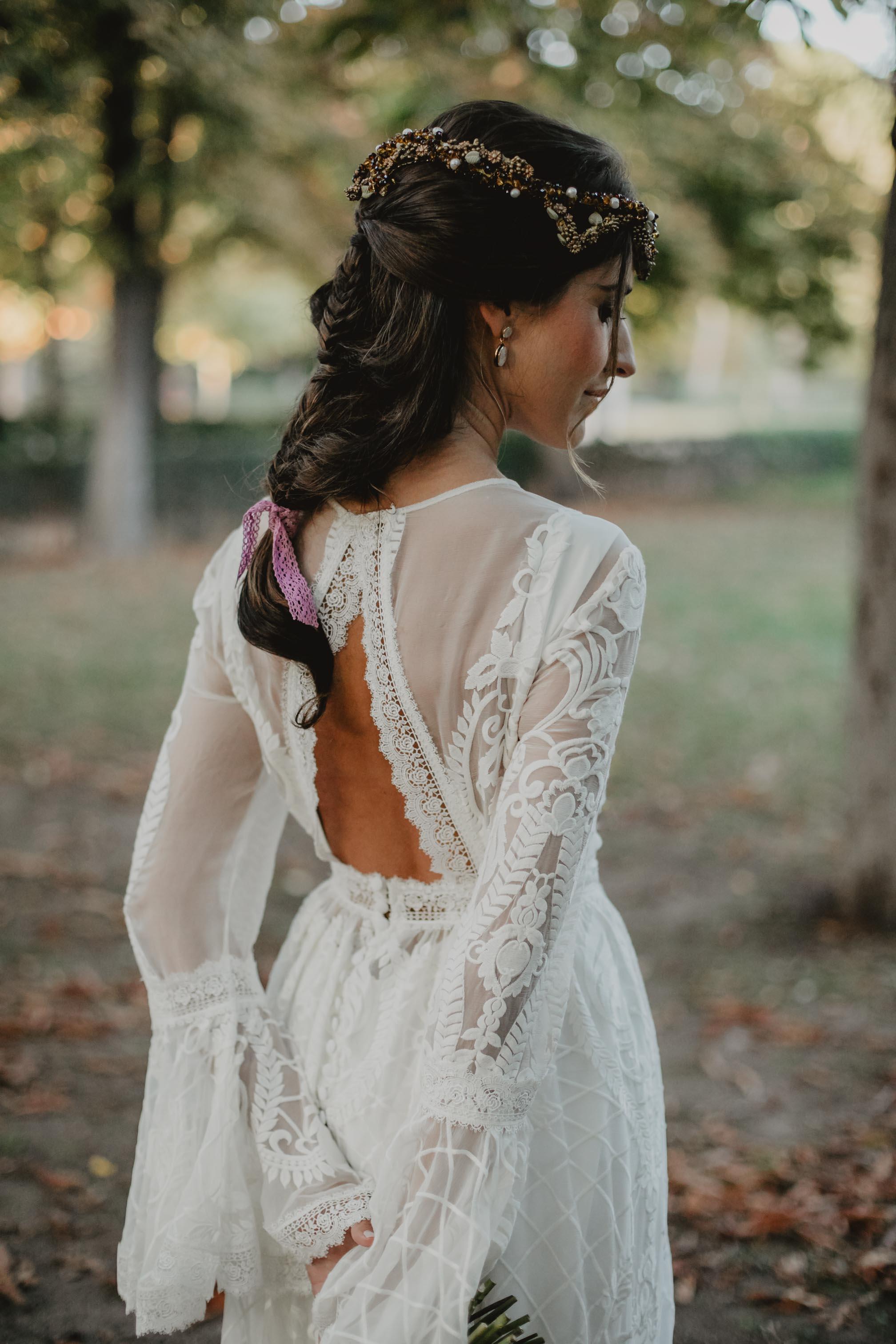 Novia 2019 vestido medieval boho puntilla cola quita y pon espalda