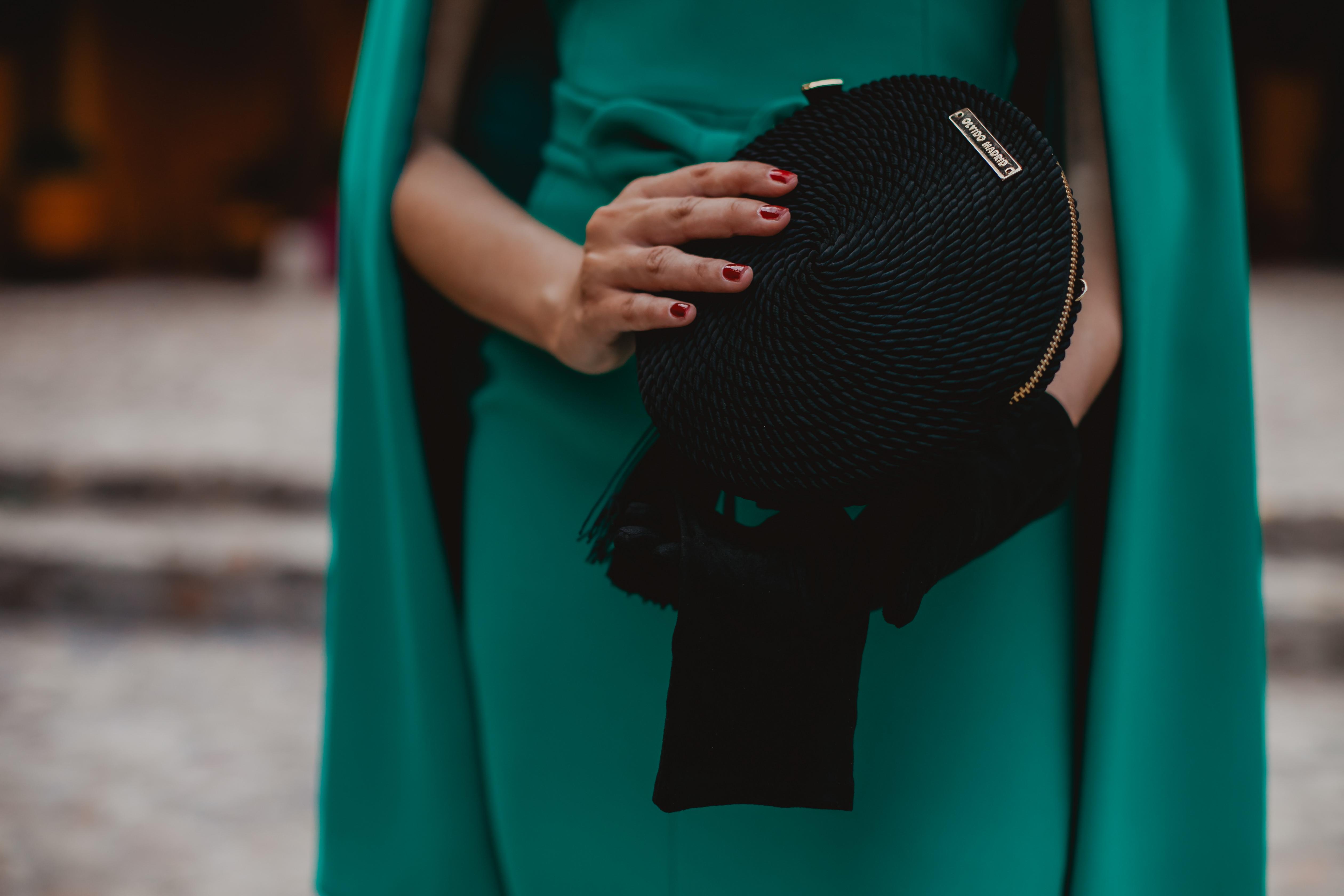 Look invitada 2019 boda bolso fiesta