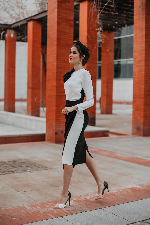 Look invitada boda mañana top falda fiesta blanco negro turbante tocado 2019