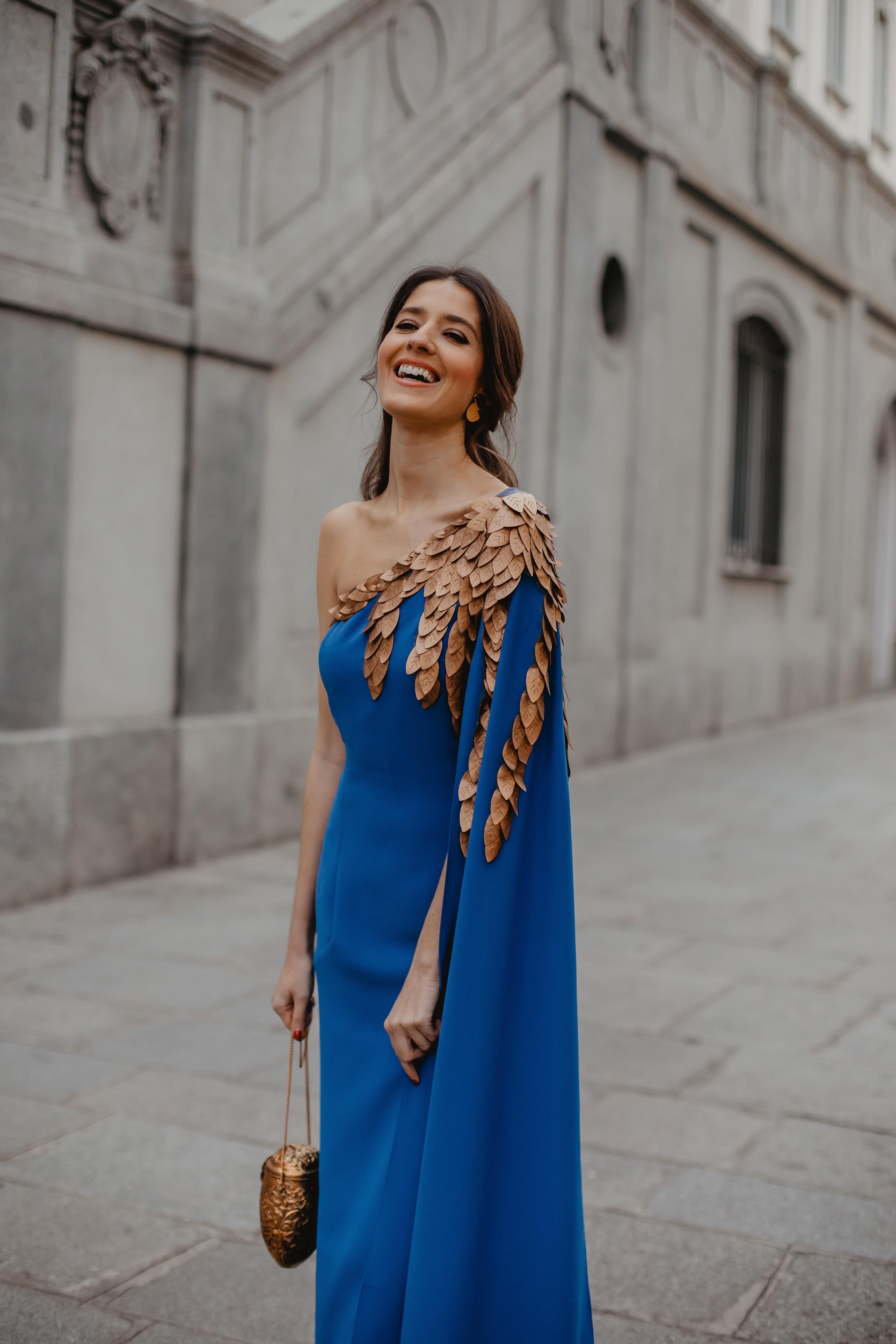 Look invitada 2019 boda noche vestido largo hermana novia