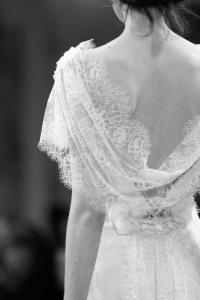 Vestido novia espalda drapeada