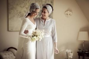 Madre de la novia turbante