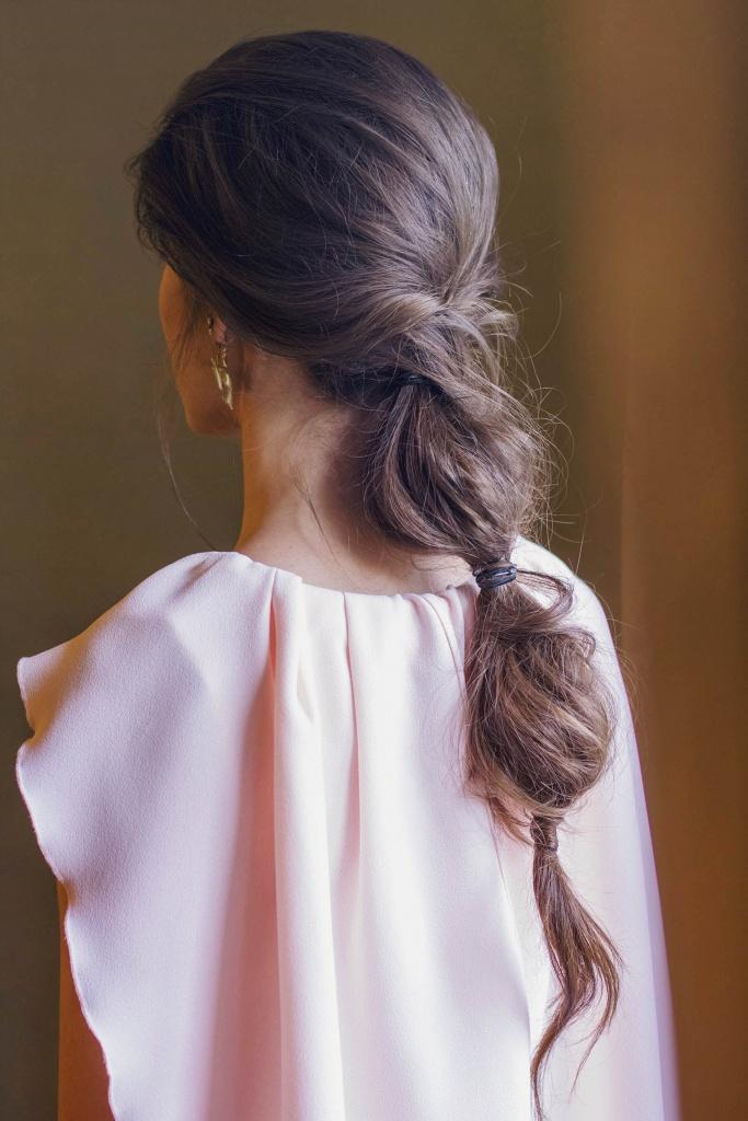 Coleta burbuja peinado invitada novia