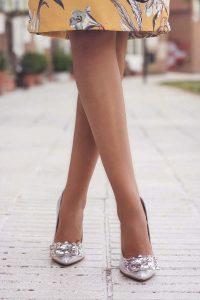 zapatos gris plata invitada perfecta novia Irreverente