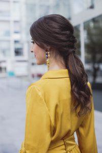 Semirecogido coleta peinado novia invitada trenza