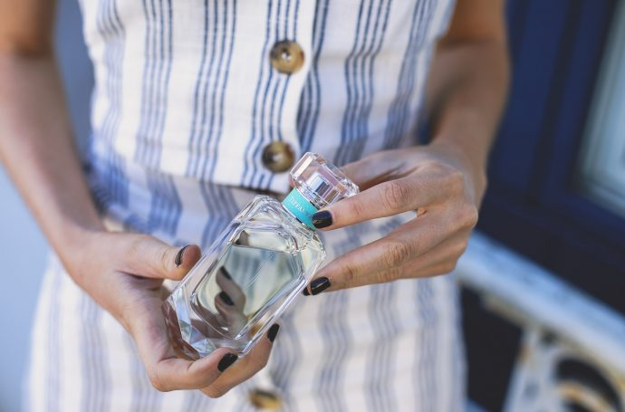 Perfume para novias invitadas