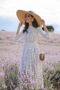 Look invitada boda lowcost vestido vintage otoño massimo dutti invitada perfecta pamela lavanda