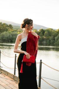 Look invitada noche otoño invierno estoña vestido largo