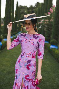 Look invitada boda flamenca vestido volantes buganvilla