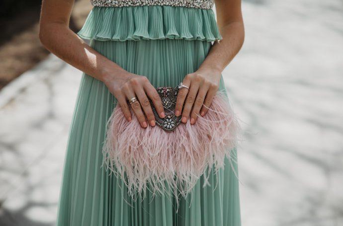 bolso plumas invitada boda