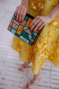 bolso invitada amarillo