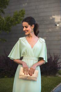 Look invitada boda noche vestido mint