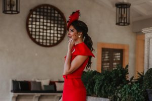 Look invitada boda rojo