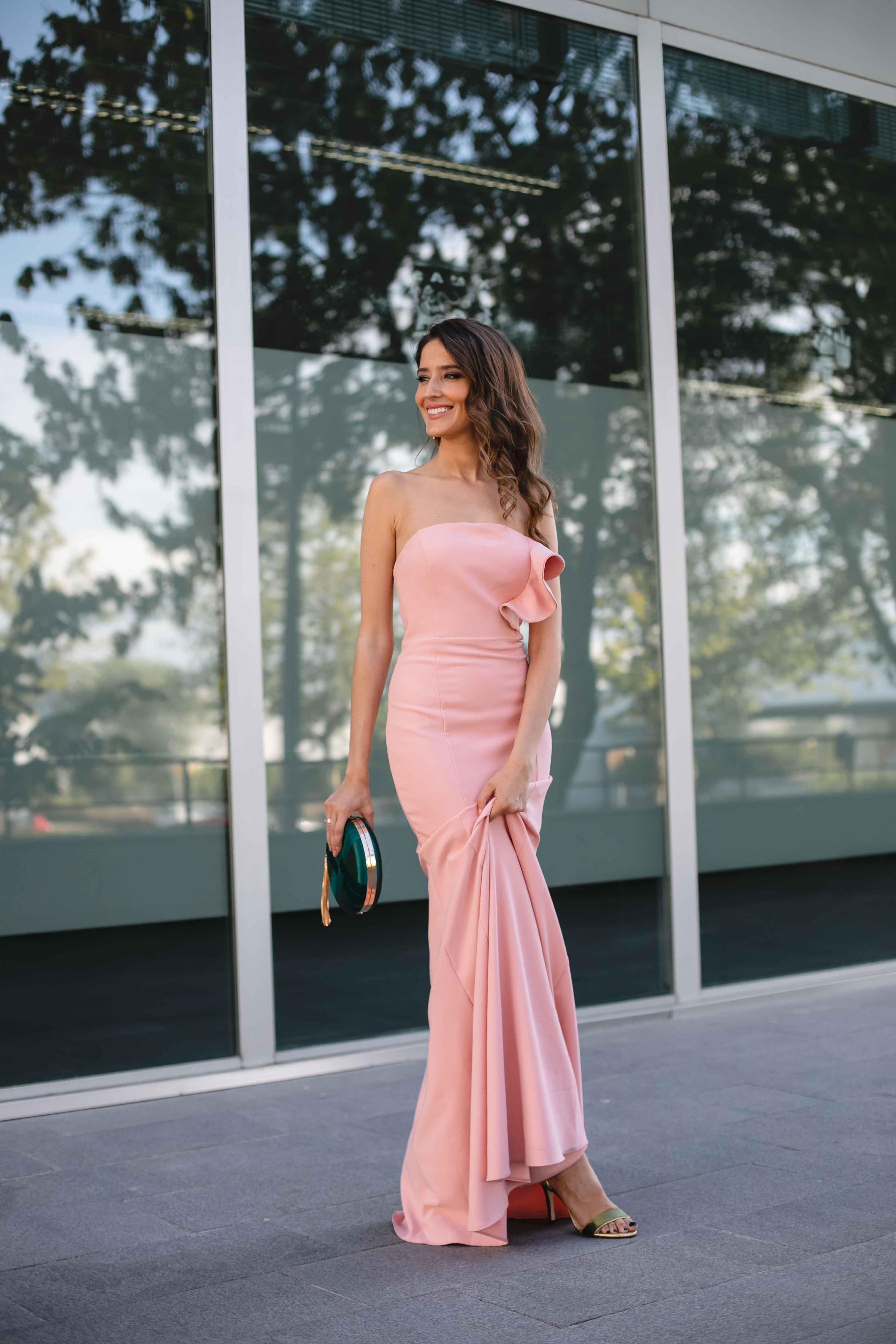 Vestido rosa largo palabra honor