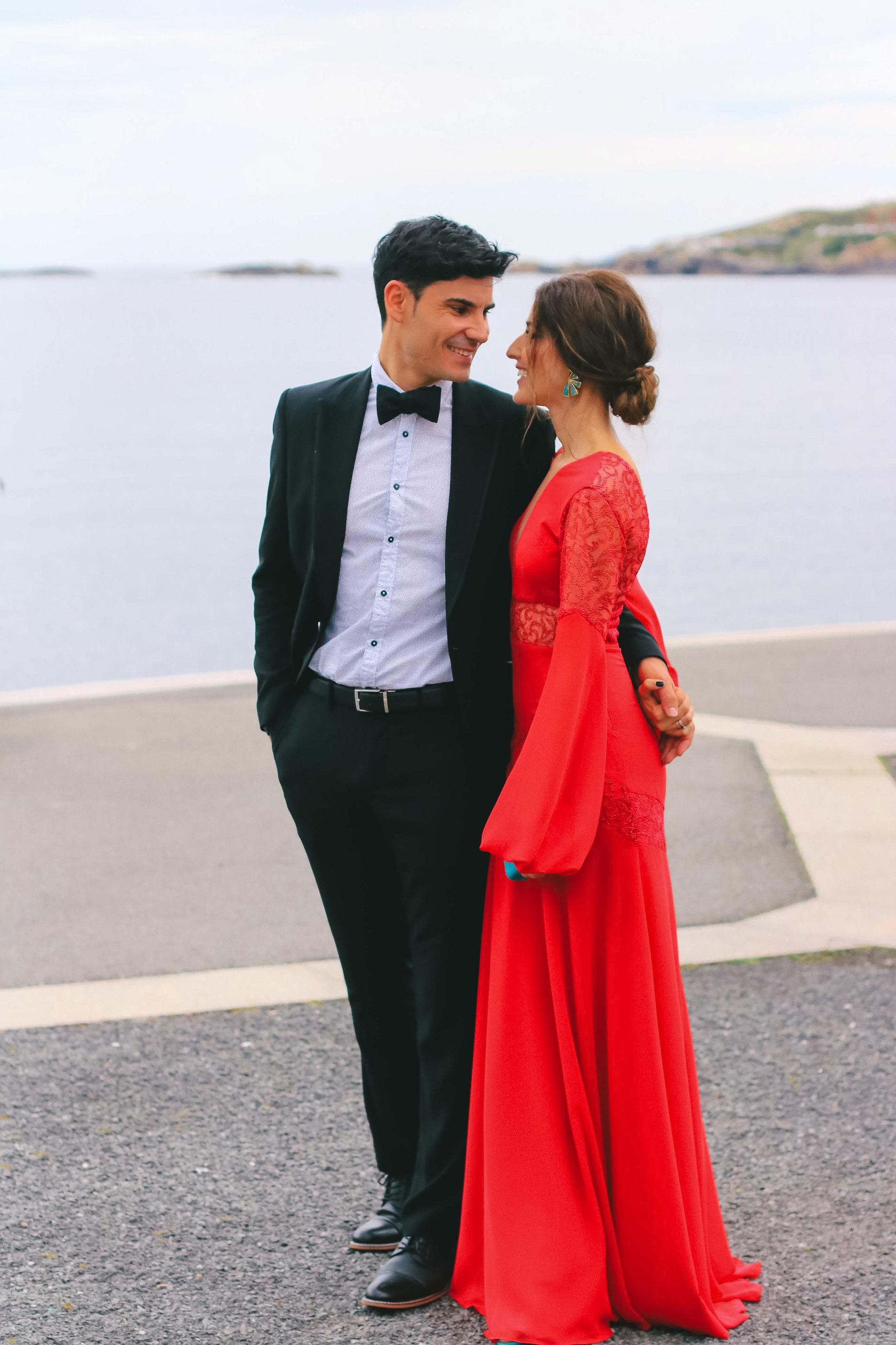look invitada perfecta boda rojo