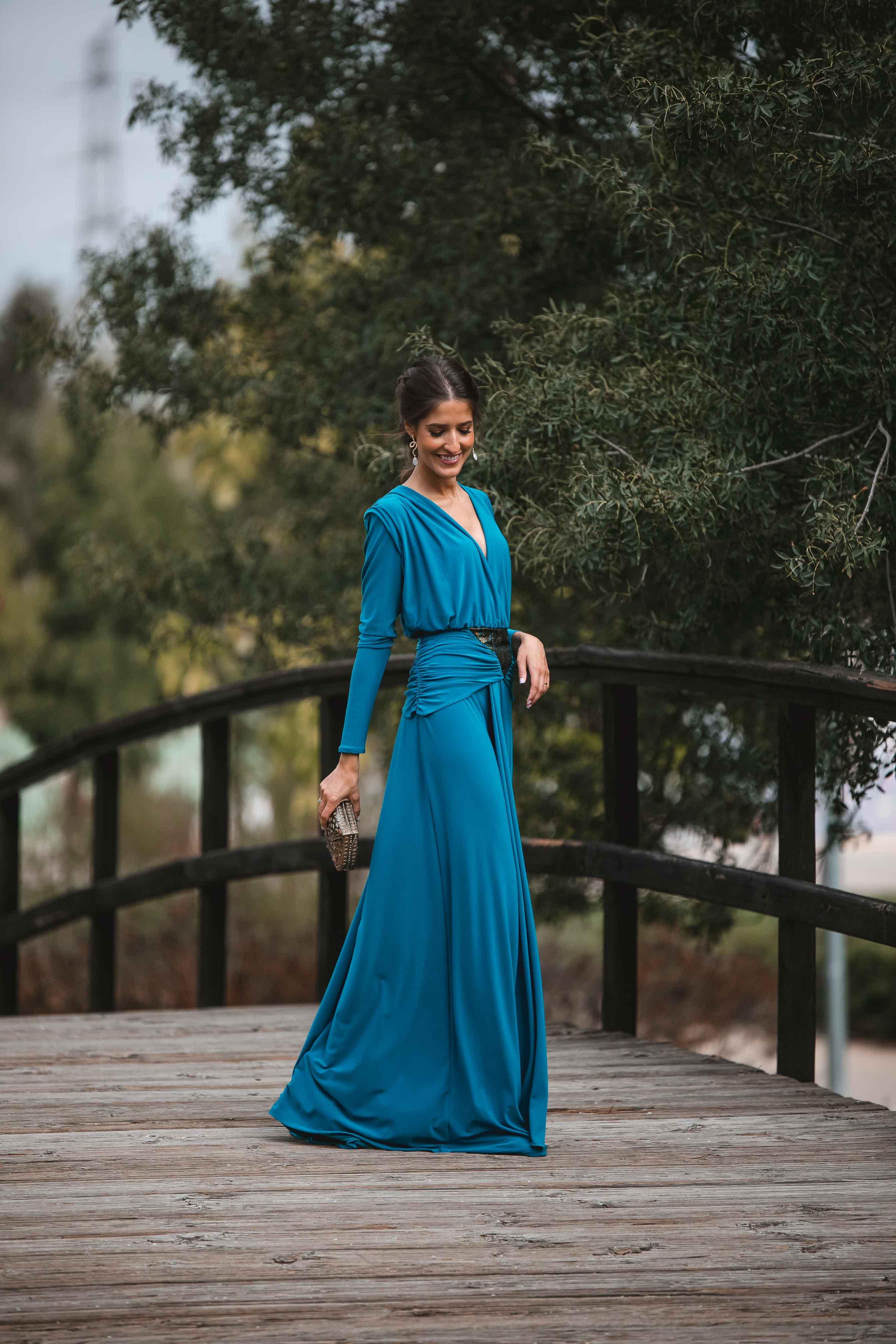vestido largo reversible invitada