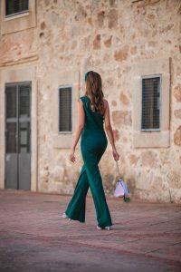 look invitada boda pantalon mono