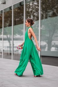 look invitada perfecta mono verde