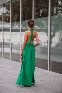 look invitada perfecta mono halter