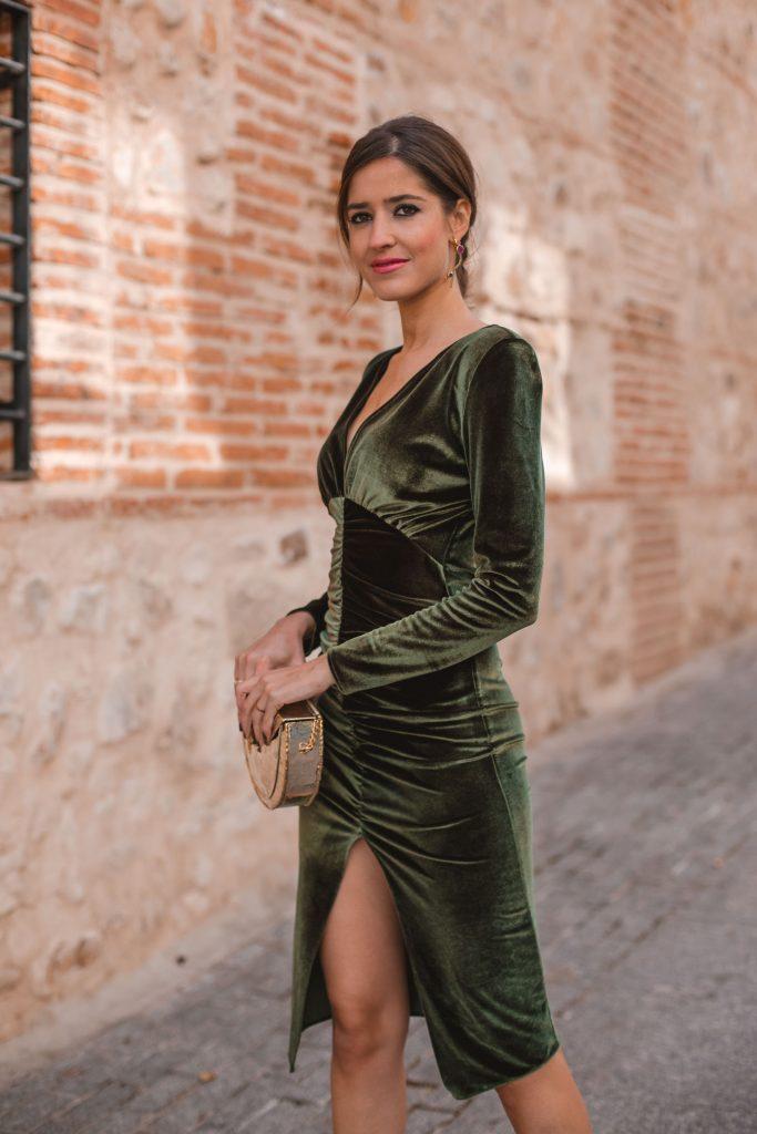 Vestido terciopelo verde invitada invierno