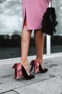 zapatos terciopelo lazo