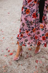 zapatos terciopelo rosa invitada novia