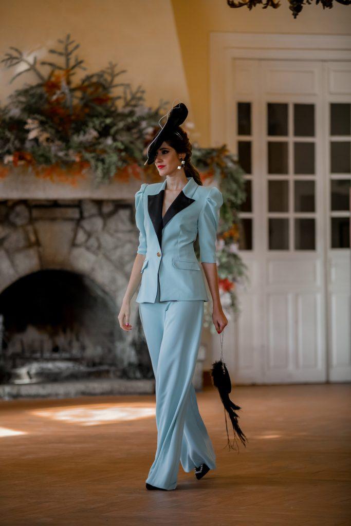 look invitada boda traje chaqueta tocado