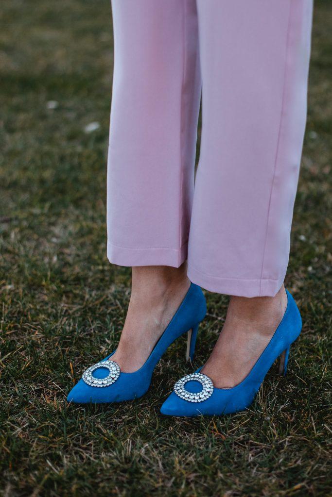 zapato azul invitada boda