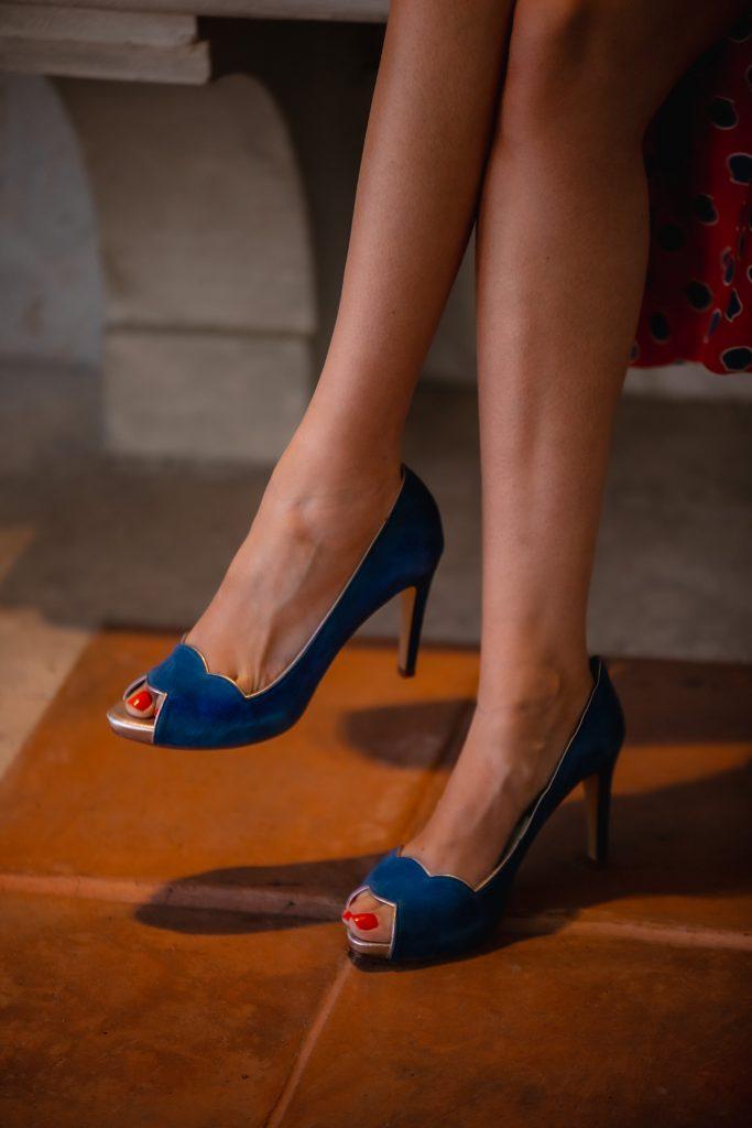 zapatos azules invitada boda