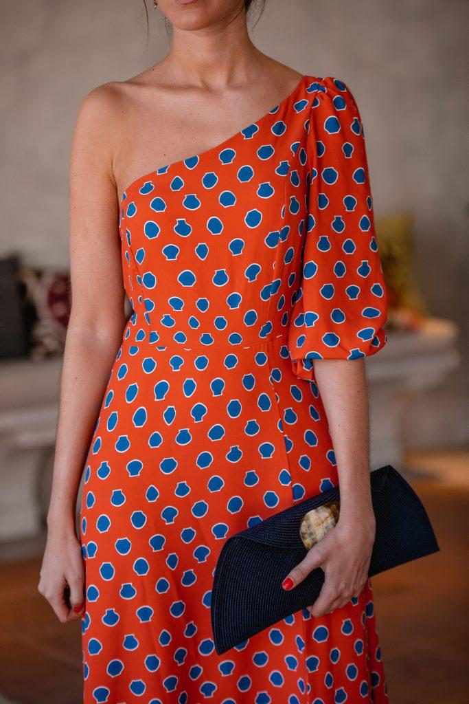 Vestido estampado naranja invitada