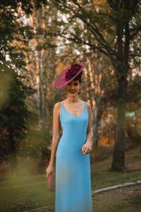 look invitada boda azul buganvilla