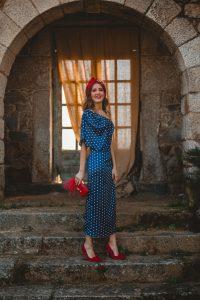 invitada perfecta vestido lunares azul
