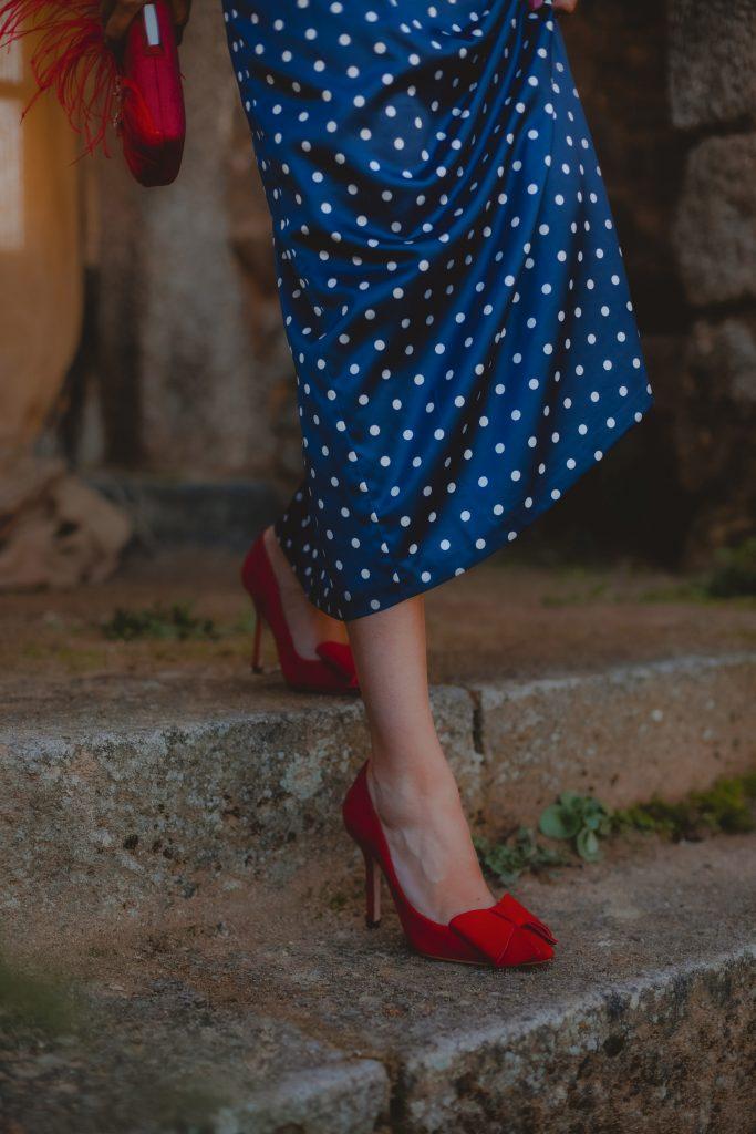 zapatos rojo lazo invitada boda