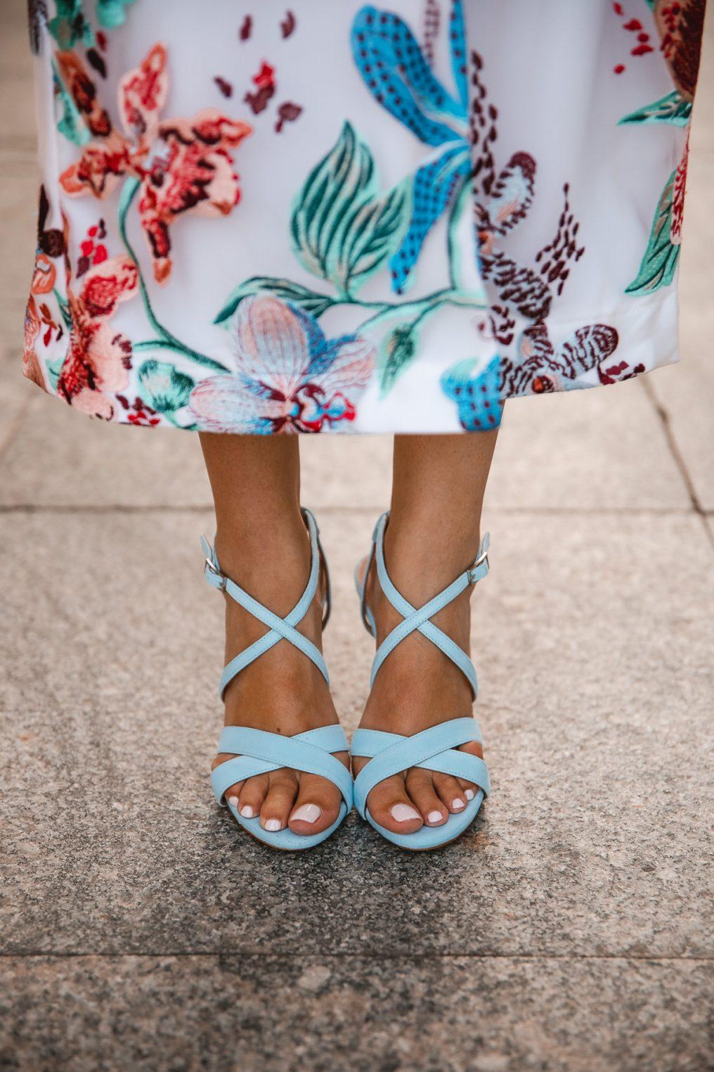 sandalia azul invitada novia