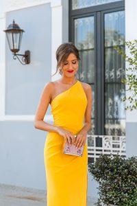 look invitada boda vestido amarillo