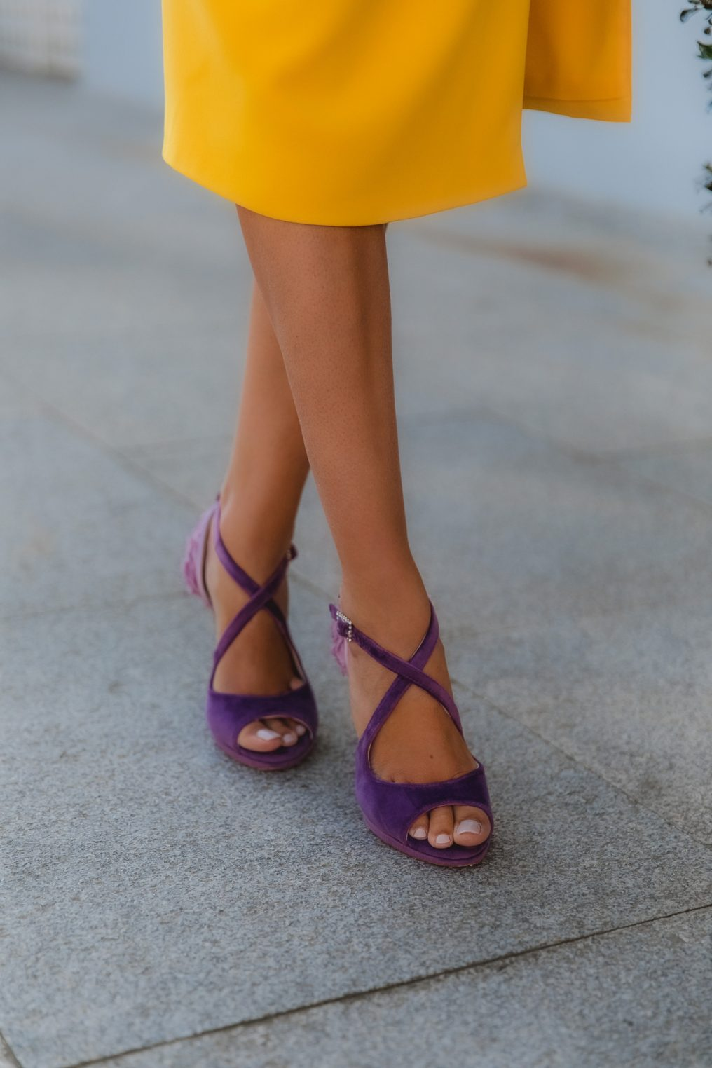 sandalias moradas invitada perfecta