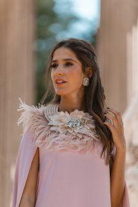 vestido capa rosa invitada boda