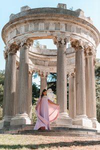 invitada perfecta vestido capa rosa