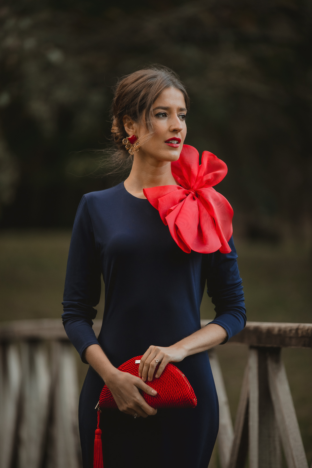 look invitada boda vestido azul