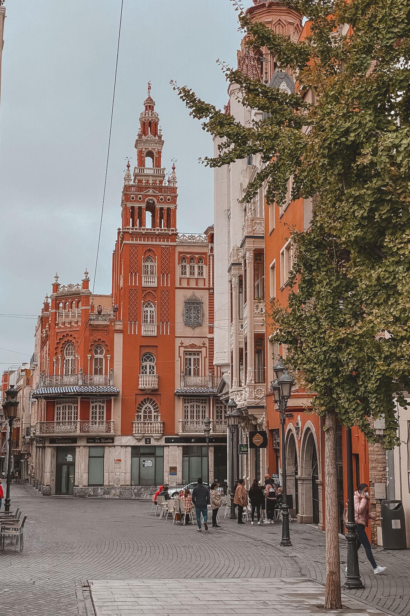 Que ver Badajoz. Plaza Soledad Giralda