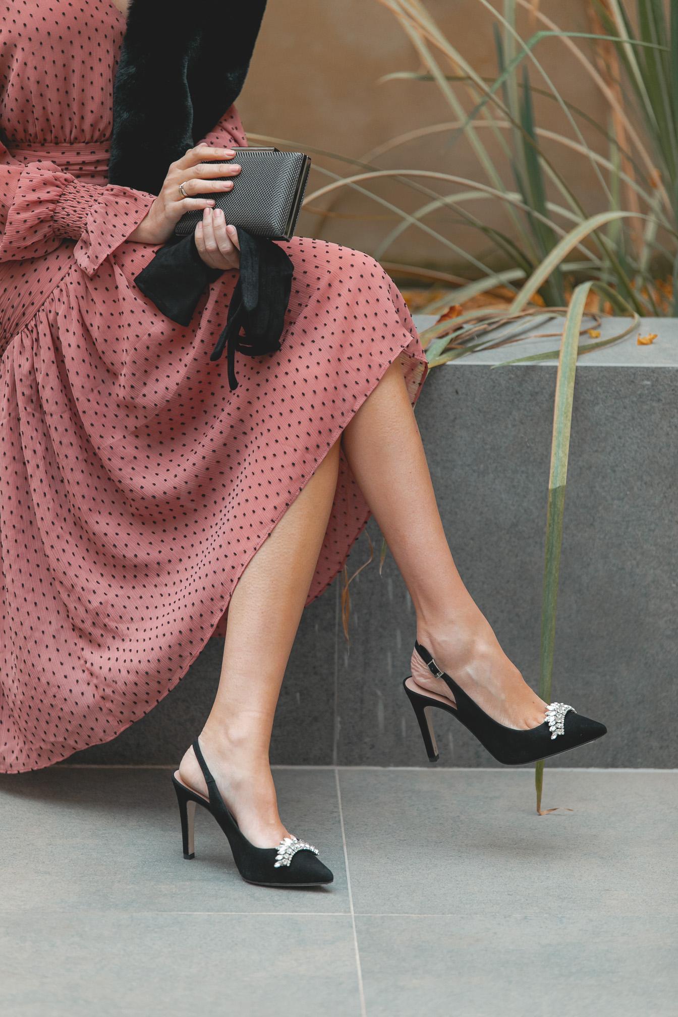 zapatos negro invitada boda