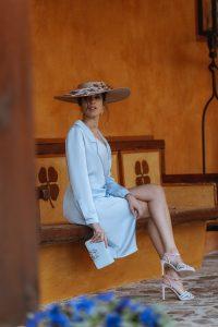 sandalias azul rosa invitada perfecta