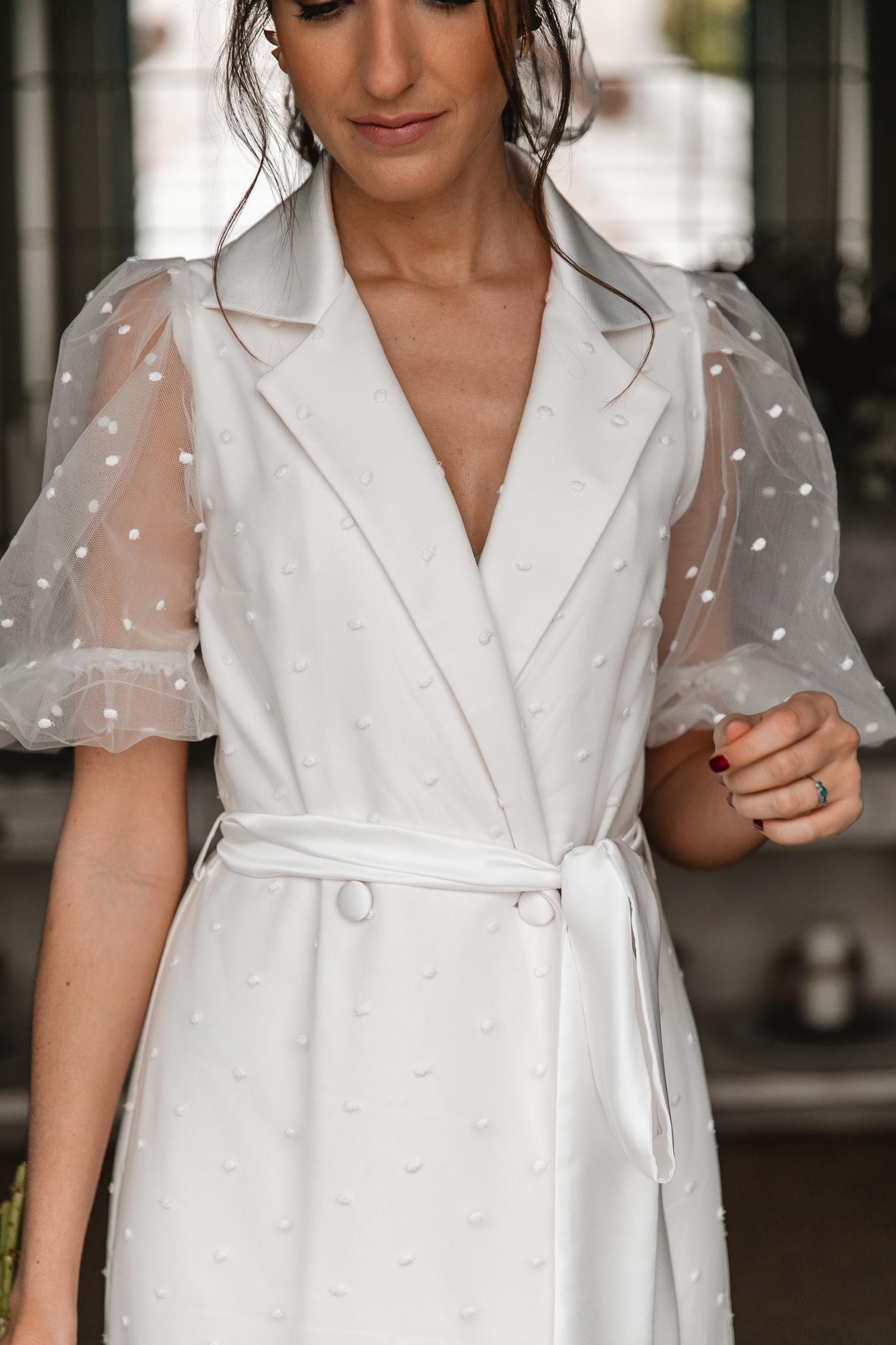 vestido novia civil plumeti