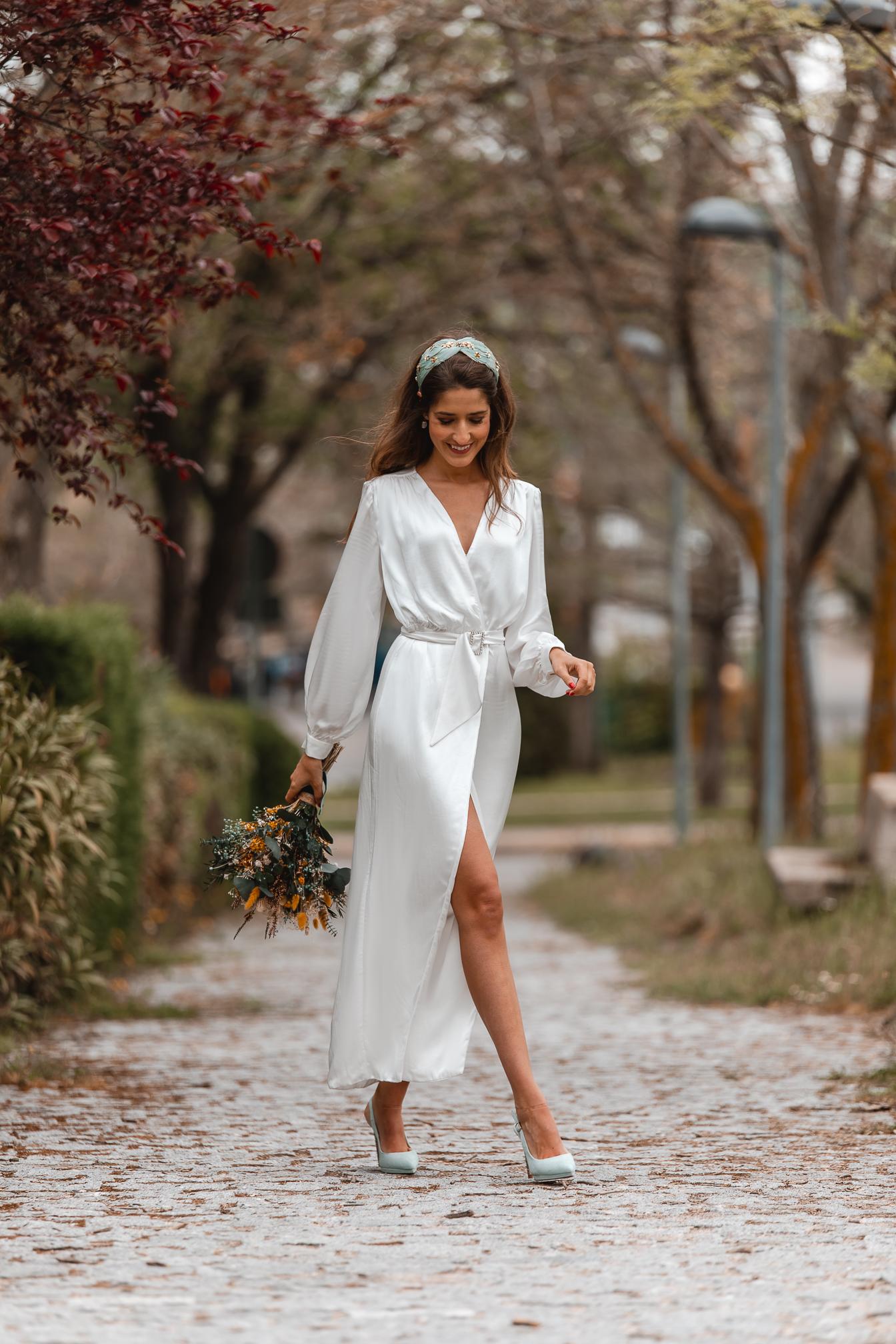novia civil diadema turbante