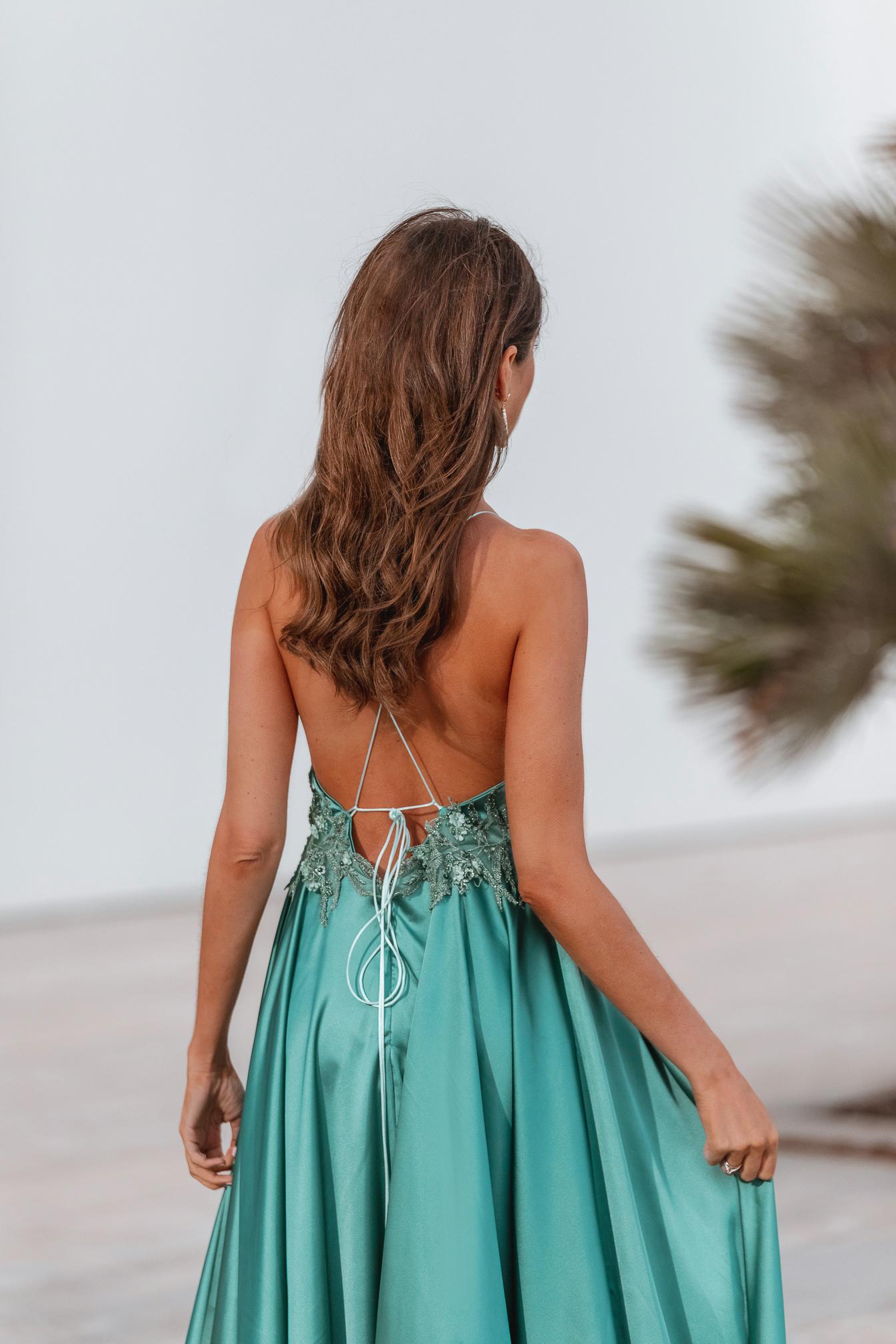 invitada perfecta vestido espalda verde